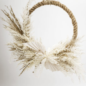 dried flower hoop